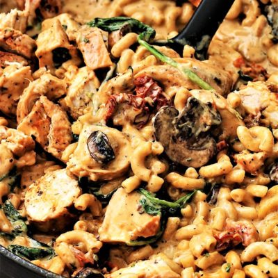 Tuscan Chicken Mac and Cheese With Mushrooms