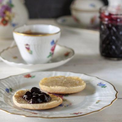 Easy, Low Sugar Blueberry Jam Recipe
