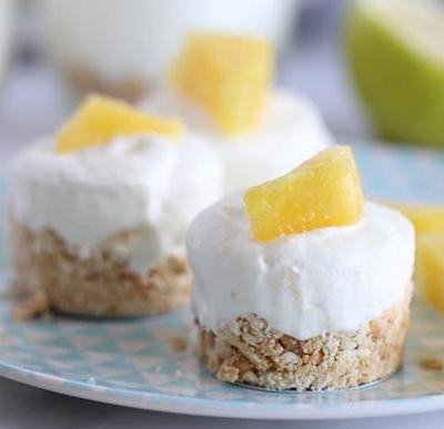 No-Bake Mini Pineapple Cakes