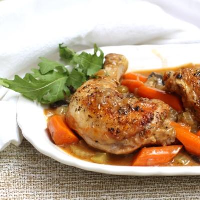 Chicken Stew with Garlic and Mushrooms