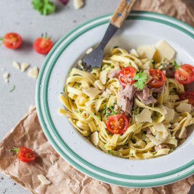 15-minute Zucchini Tuna Noodles