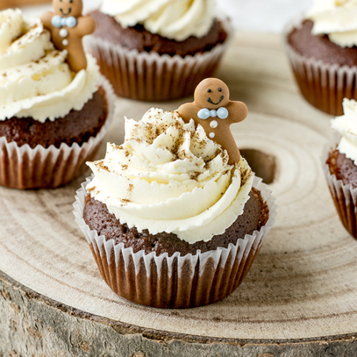 Gingerbread Cupcakes with frosting