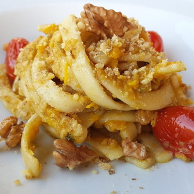 Scialatielli Pasta with Yellow Peppers, Cherry Tomatoes and Walnuts