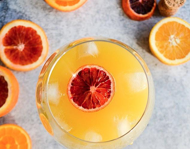 Agua de Valencia in a glass