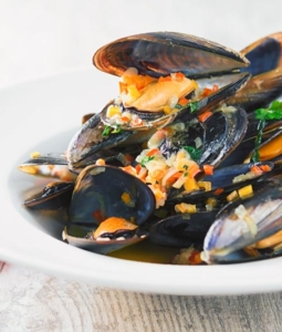 Beer Steamed Mussels in a bowl