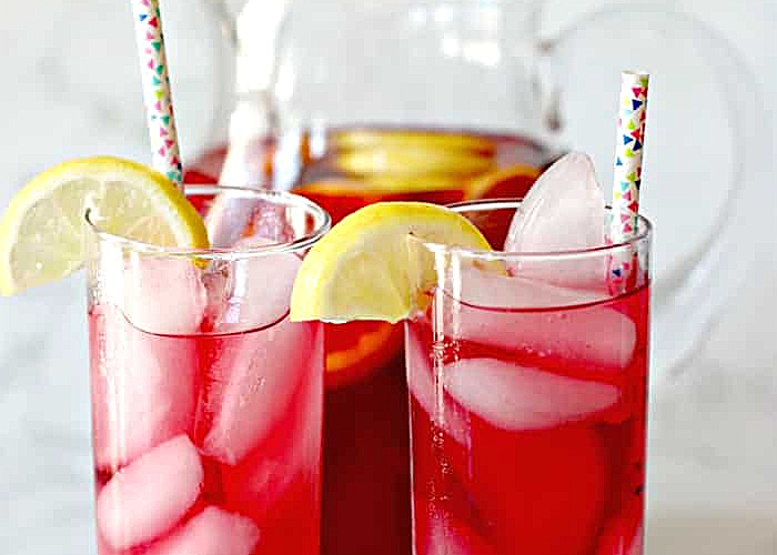 2 glasses of spiked iced tea