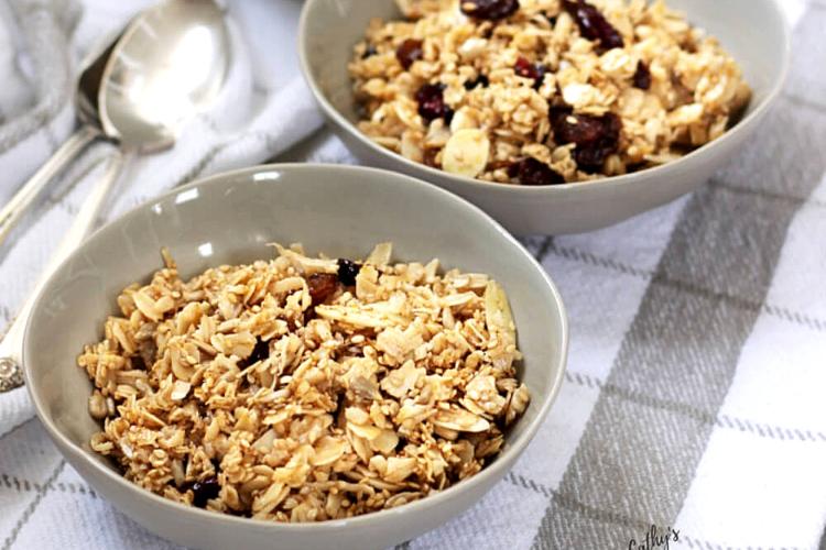 2 bowls of granola
