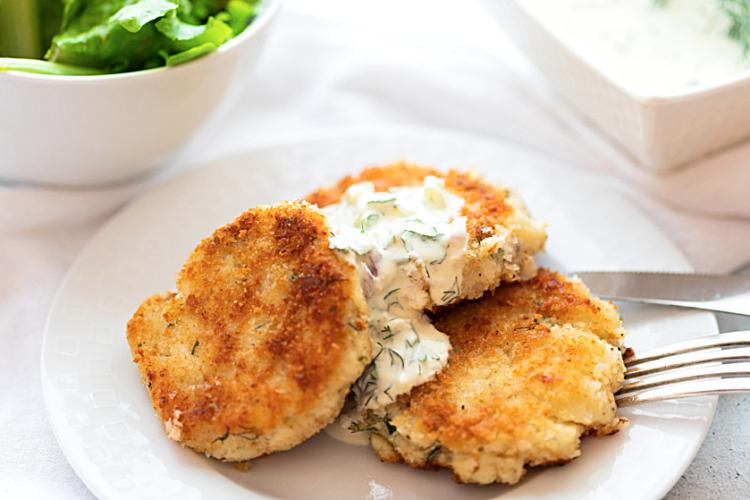 Fish Cakes with a light Tartar Sauce