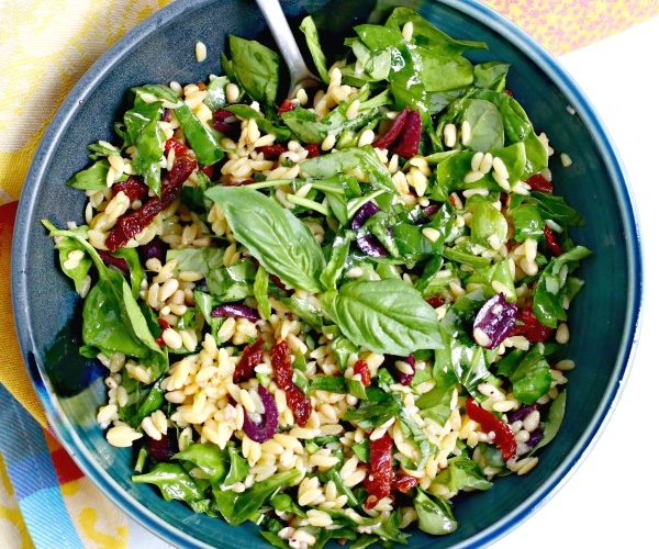 Spinach Orzo Salad in a bowl