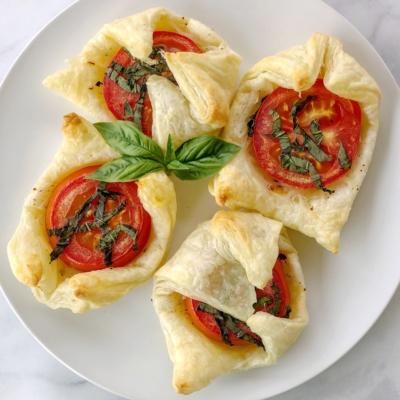 Individual Tomato Basil Tarts