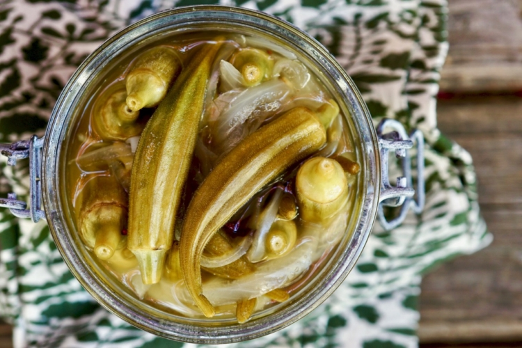 Quick Pickled Okra