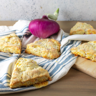 Flaky Onion Cheddar Scones