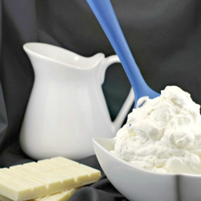 2 Ingredient White Chocolate Whipped Cream Frosting