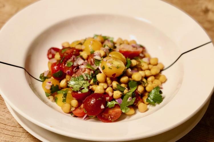 Tasty Lukewarm Chickpea Salad