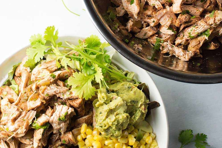 Slow Cooker Shredded Chile Chicken