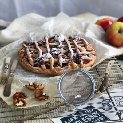 Apple and Walnut Pizza
