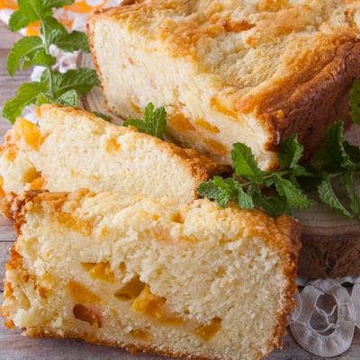 Fresh Peach Pound Cake Loaf
