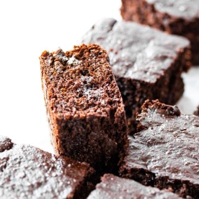 Quinoa Brownie Cake