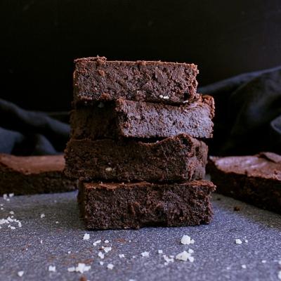 Simple & Fudgy Keto Chocolate Brownies