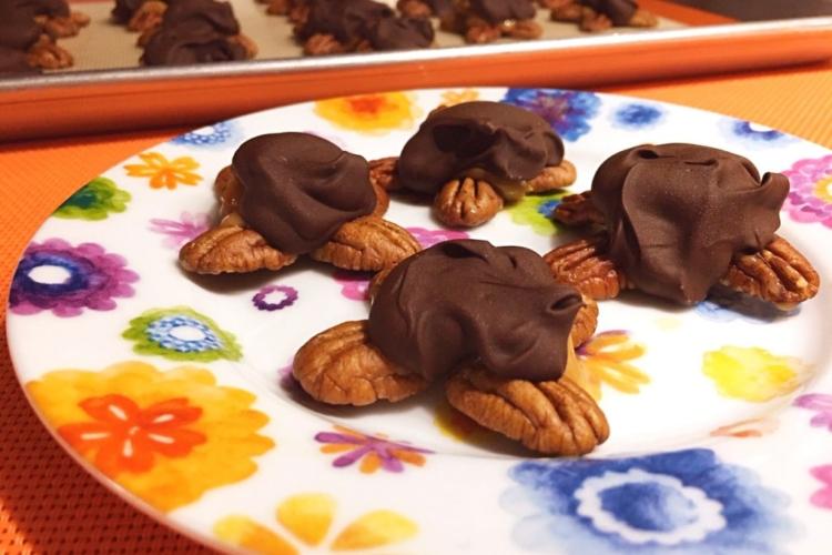 Dulce de Leche Turtles