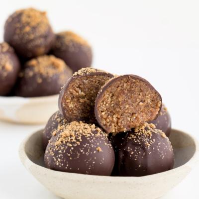 Chocolate Gingerbread Truffles (Vegan & Gluten-Free)