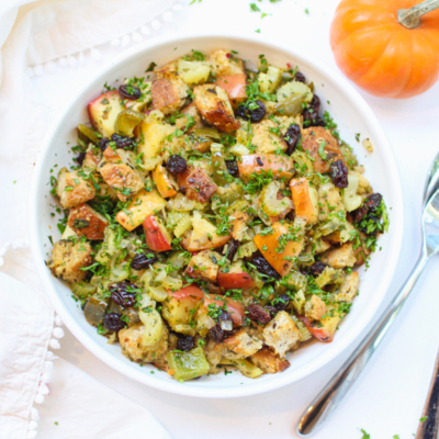 Thanksgiving Apple and Herb Stuffing