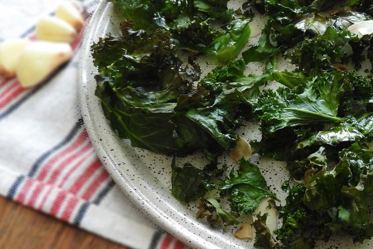 Almond Garlic Baked Kale
