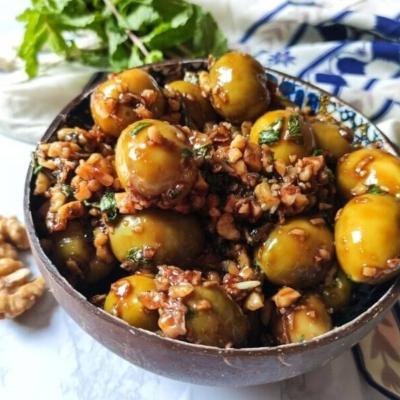 Persian Marinated Olives – Zeytoon Parvardeh