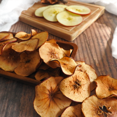 Cinnamon Apple Crisps