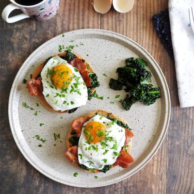 Kale, Bacon & Egg Breakfast Tostadas