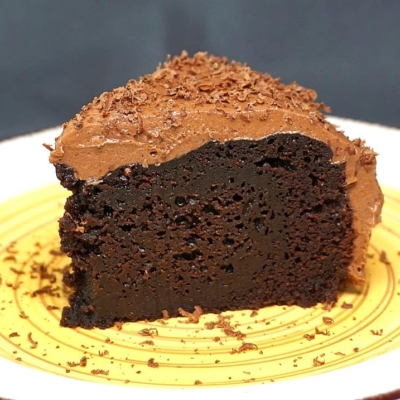 Instant Pot Chocolate Cake with Chocolate Cream Cheese Frosting