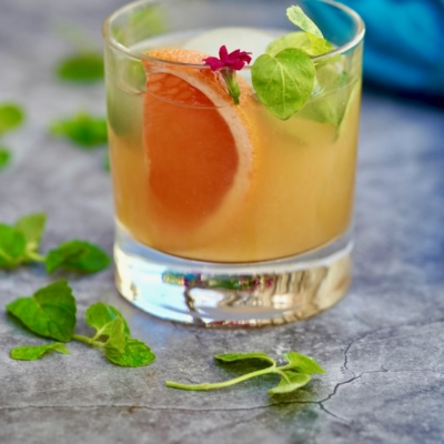 Gin And Grapefruit