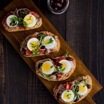 Nicoise Toast with Tuna Fish & Anise-marinated Kalamata Olives