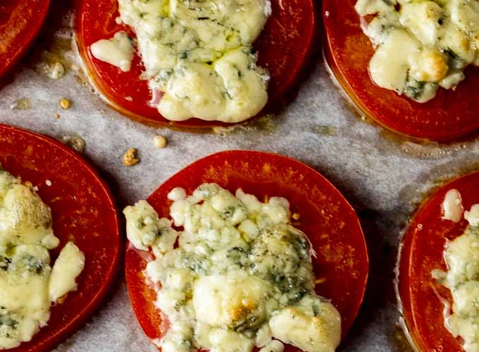 5 Minute Broiled Tomatoes