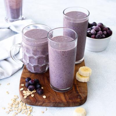 Creamy Blueberry Oatmeal Smoothie