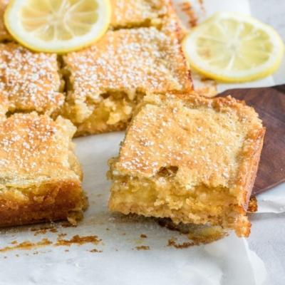 5-Ingredient Lemon Cake
