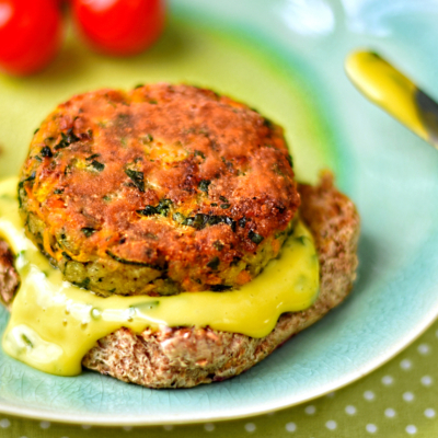 Carrot, Courgette and Halloumi Burgers with Chive Aioli