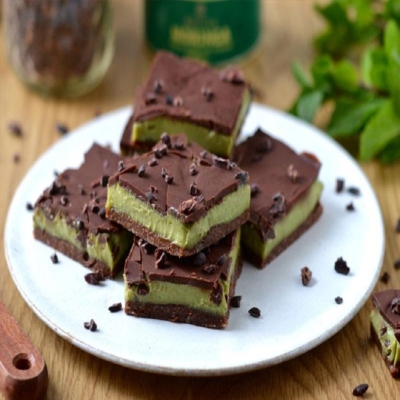 ExoticBioNaturals – Moringa and Mint Chocolate Squares