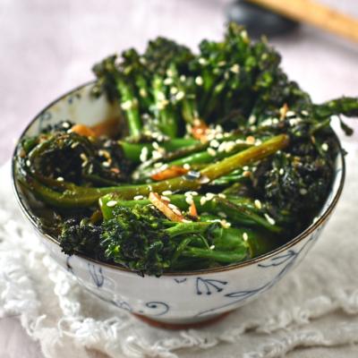 Stir Fried Broccoli with Sesame and Garlic