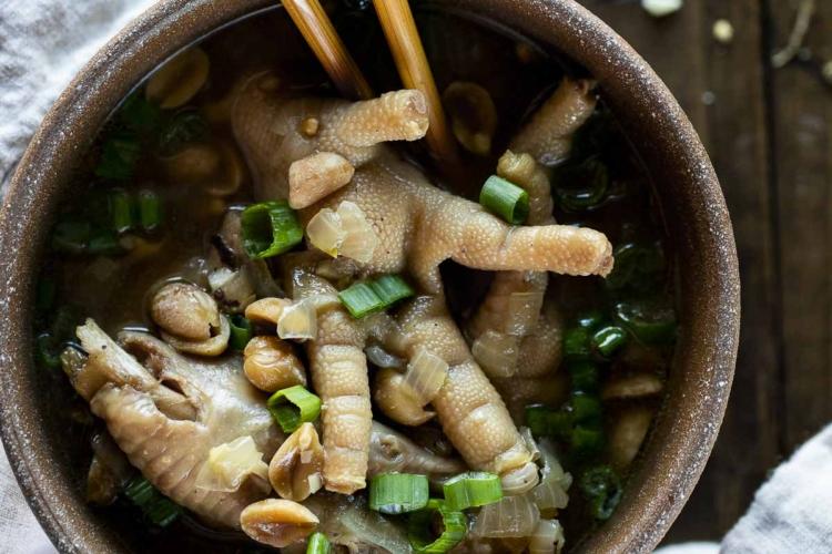 Cantonese Chicken Feet Soup