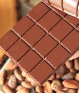 Homemade Chocolate | How To Make Chocolate From Dry Cocoa Bean?